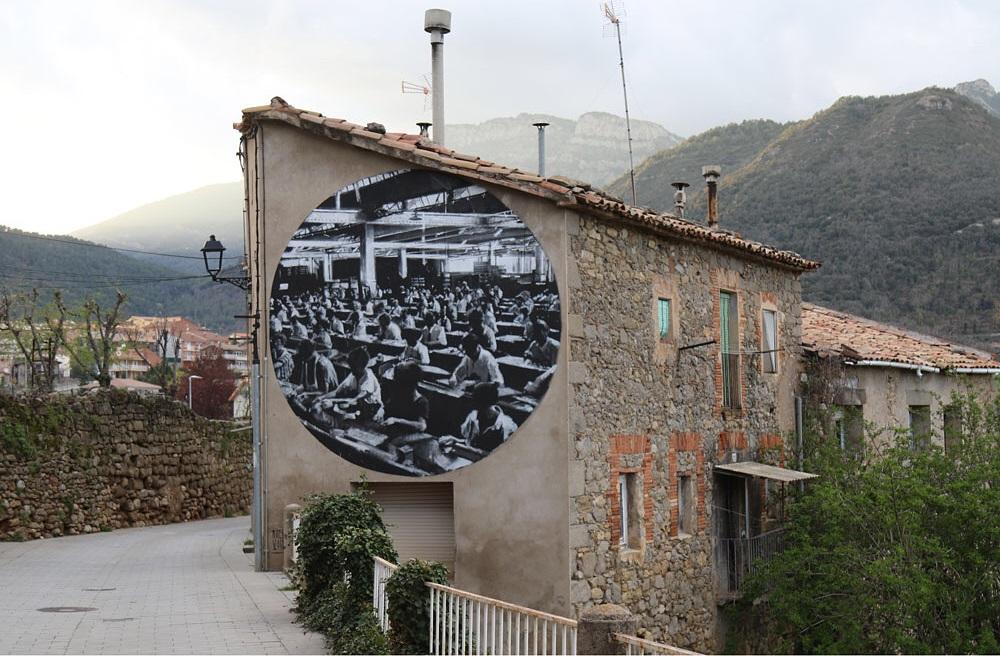 Axel Void street art Aviá
