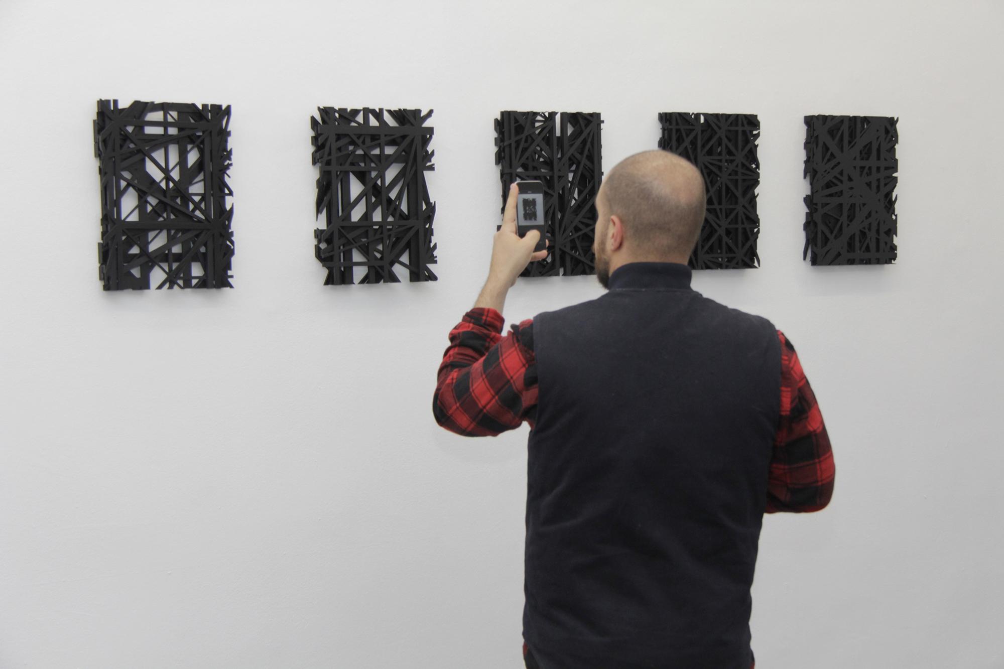 108, Arnaud Liard, Graphic Surgery, Moneyless, Nelio in mostra da Plastic Murs