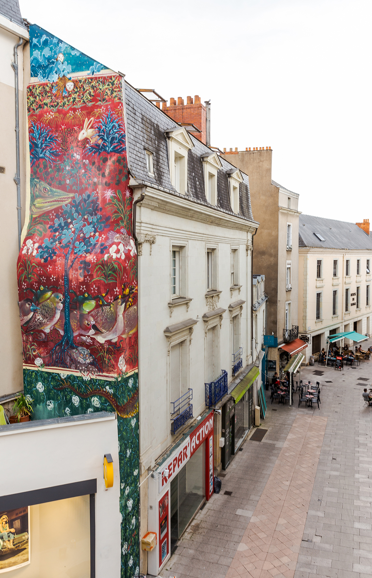 hitnes Angers La Tapisserie de l'Apocalypse street art