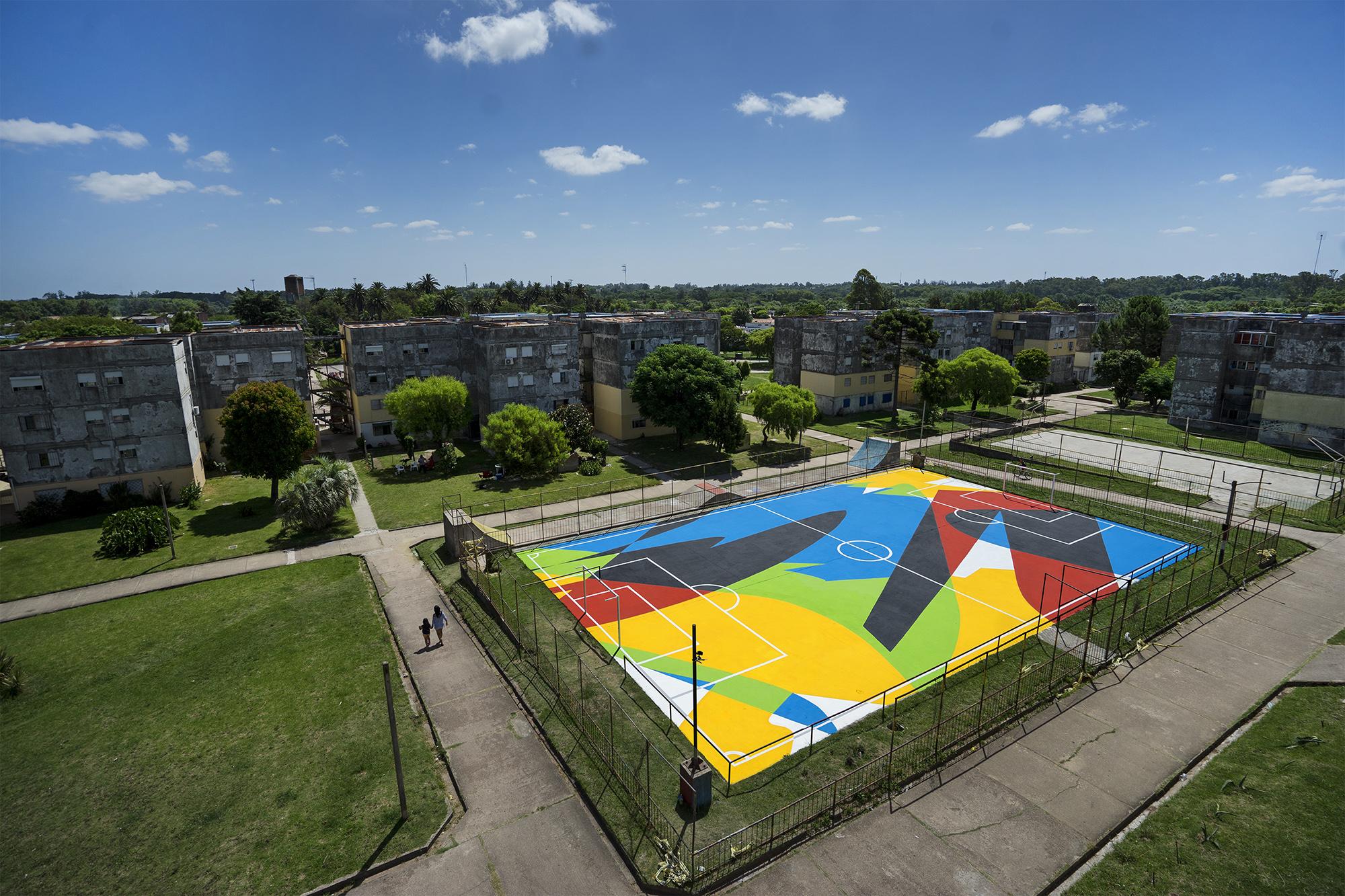 Elian Street Art football court